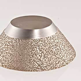 Diamond electroplated disc